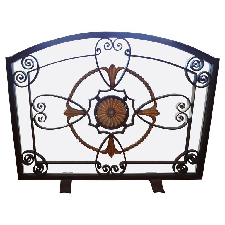French Art Deco Wrought Iron Fireplace Screen By Szabo, Circa. 1925 For Sale
