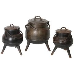 Set of Three Spanish 1930s Cast Iron Kitchen Pots or Cauldrons