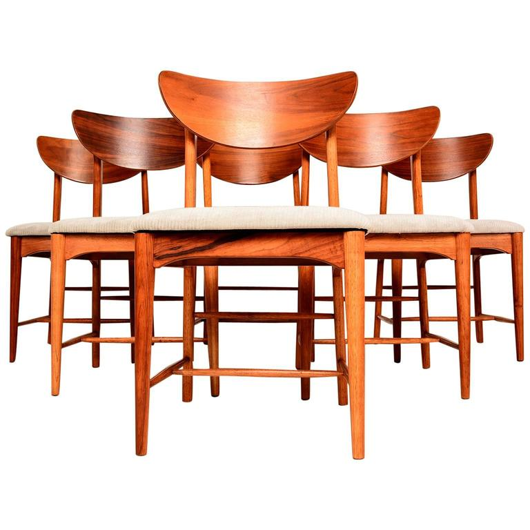Mid-Century Modern Set of Six Dining Chairs