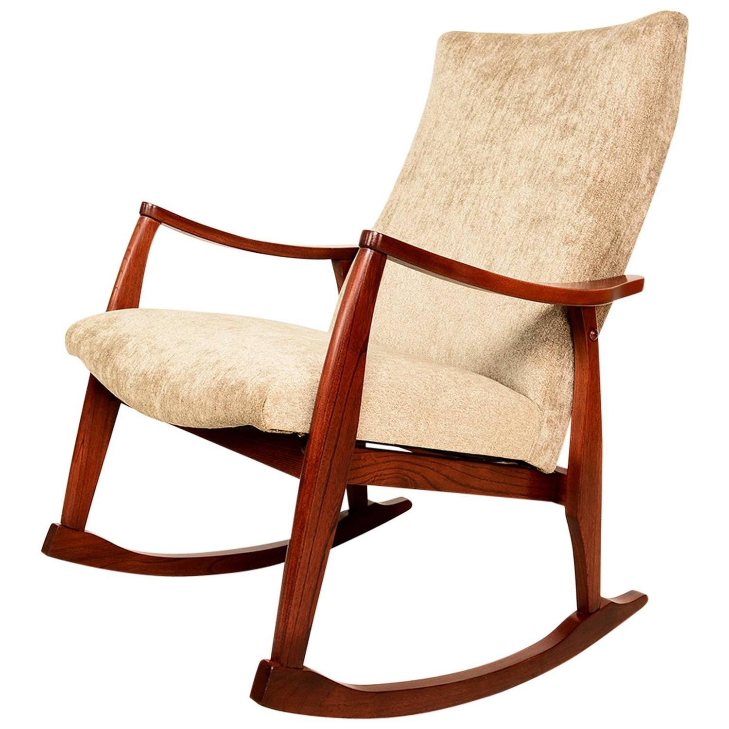 Mid-Century Modern Rocking Chair For Sale at 1stdibs