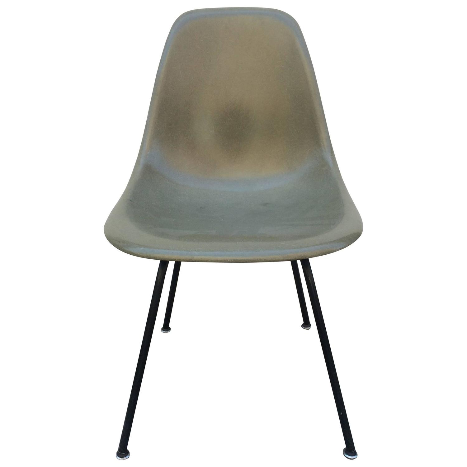 Eames Herman Miller Raw Umber Fiberglass Chair For Sale at