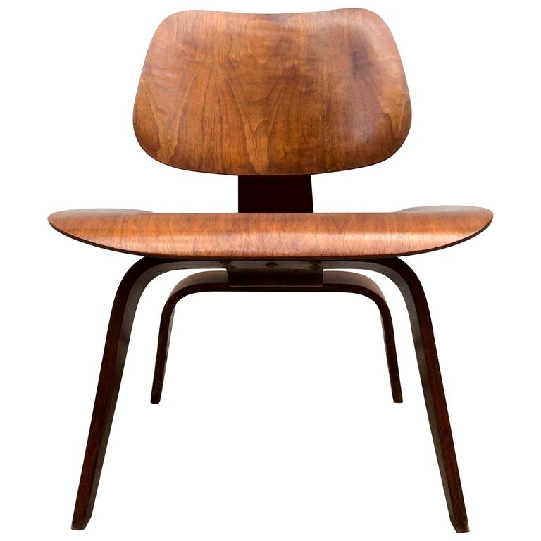 Eames Evans Walnut LCW Chair For Sale at 1stdibs