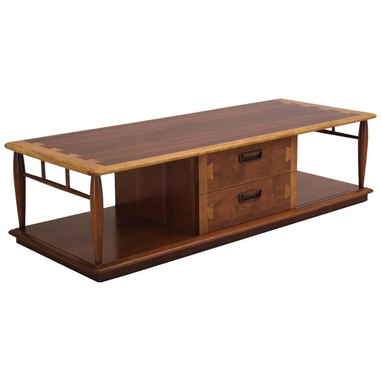 Lane Acclaim Large Coffee Table In Walnut And Oak With Storage For
