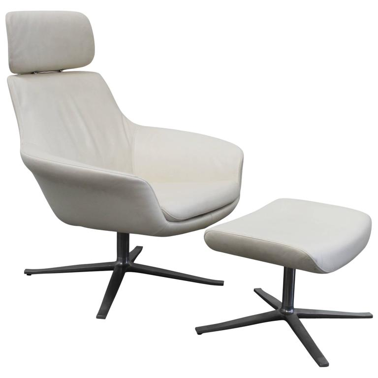 Genial Walter Knoll U201cOscaru201d Armchair And Stool In Cream Leather By PearsonLloyd  For Sale