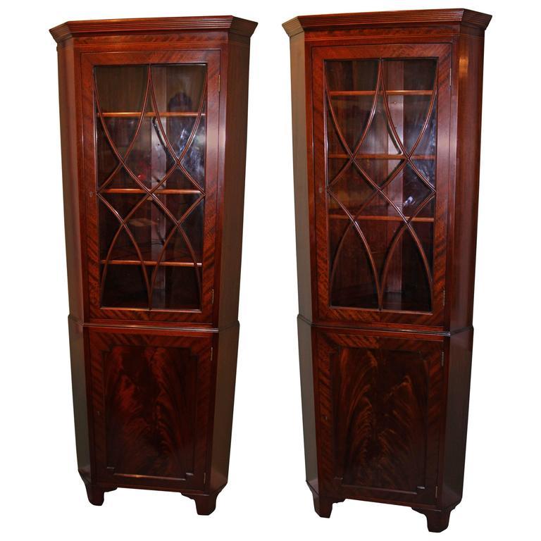 Pair Of Sheraton Style Mahogany Corner Cabinets By Old Colony Boston At 1stdibs