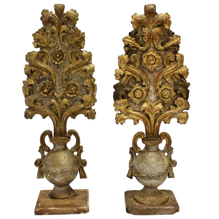 Beautiful Pair of Italian Carved and Gilt Wood Altar Pieces in the Shape of Urns