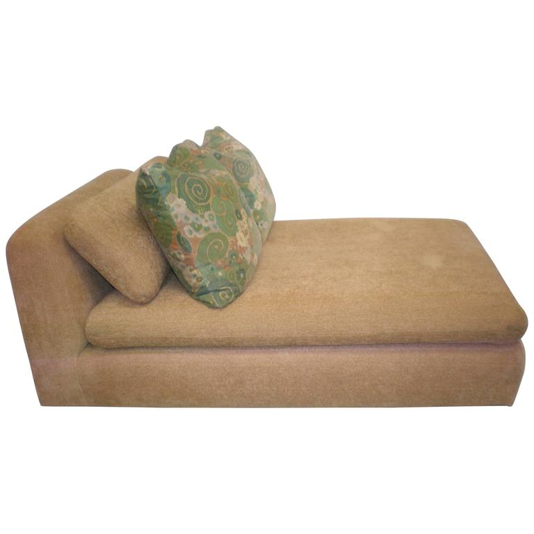 1980s Modern Chaise Chenille Longue Attributed to Steve Chase