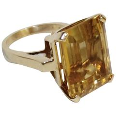 Ladies 14-Karat Gold Honey Topaz Ring