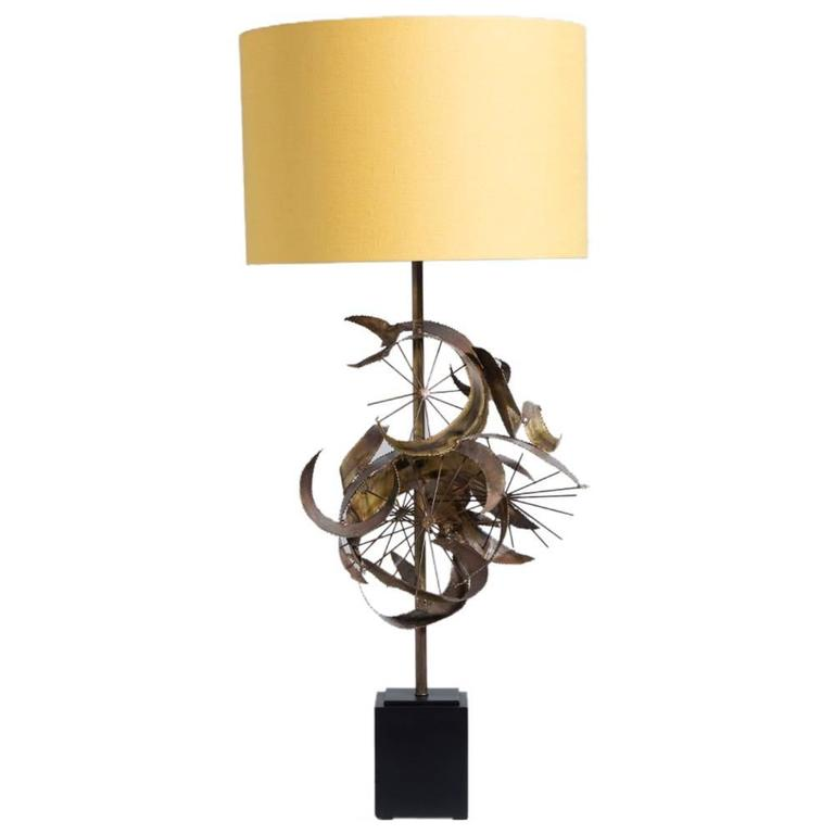 Brass Brutalist Sculptural Table Lamp, 1970s For Sale