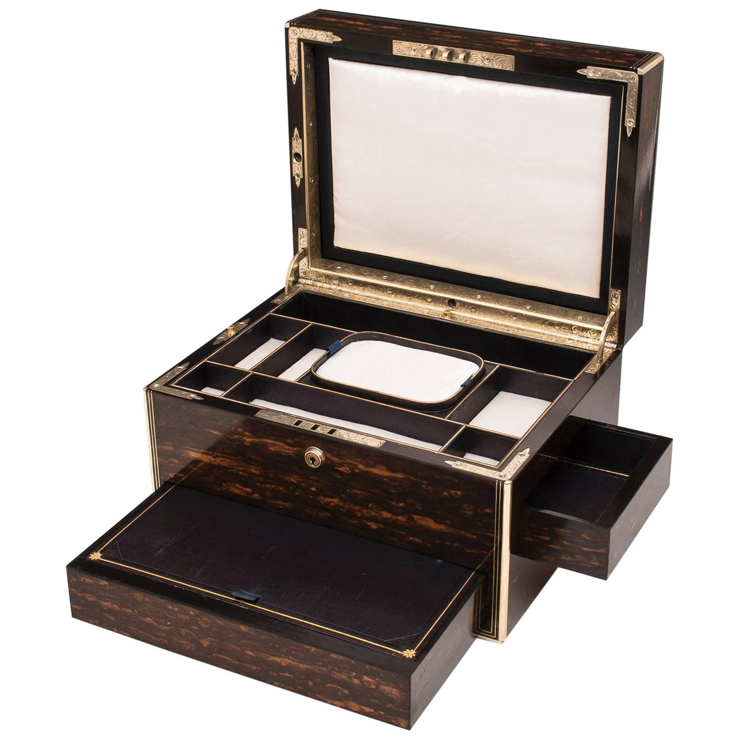 Antique coromandel jewellery box at 1stdibs for Furniture box