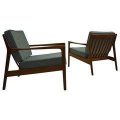 "Pair of ""USA 75"" Lounge Chairs by Folke Ohlsson for DUX"