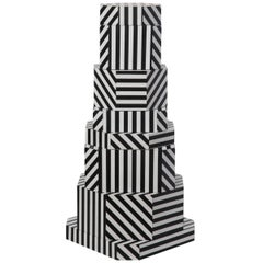 Ziggurat Container by Oeuffice