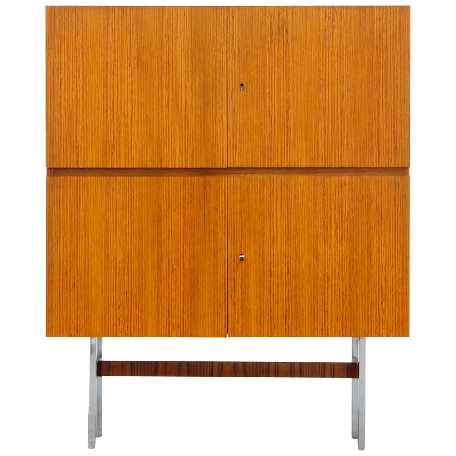rosewood teak cabinet by musterring credenza 60s sideboard at 1stdibs. Black Bedroom Furniture Sets. Home Design Ideas