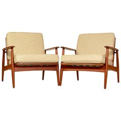 Pair of Danish Modern Lounge Chairs Attributed to Grete Jalk for Moreddi