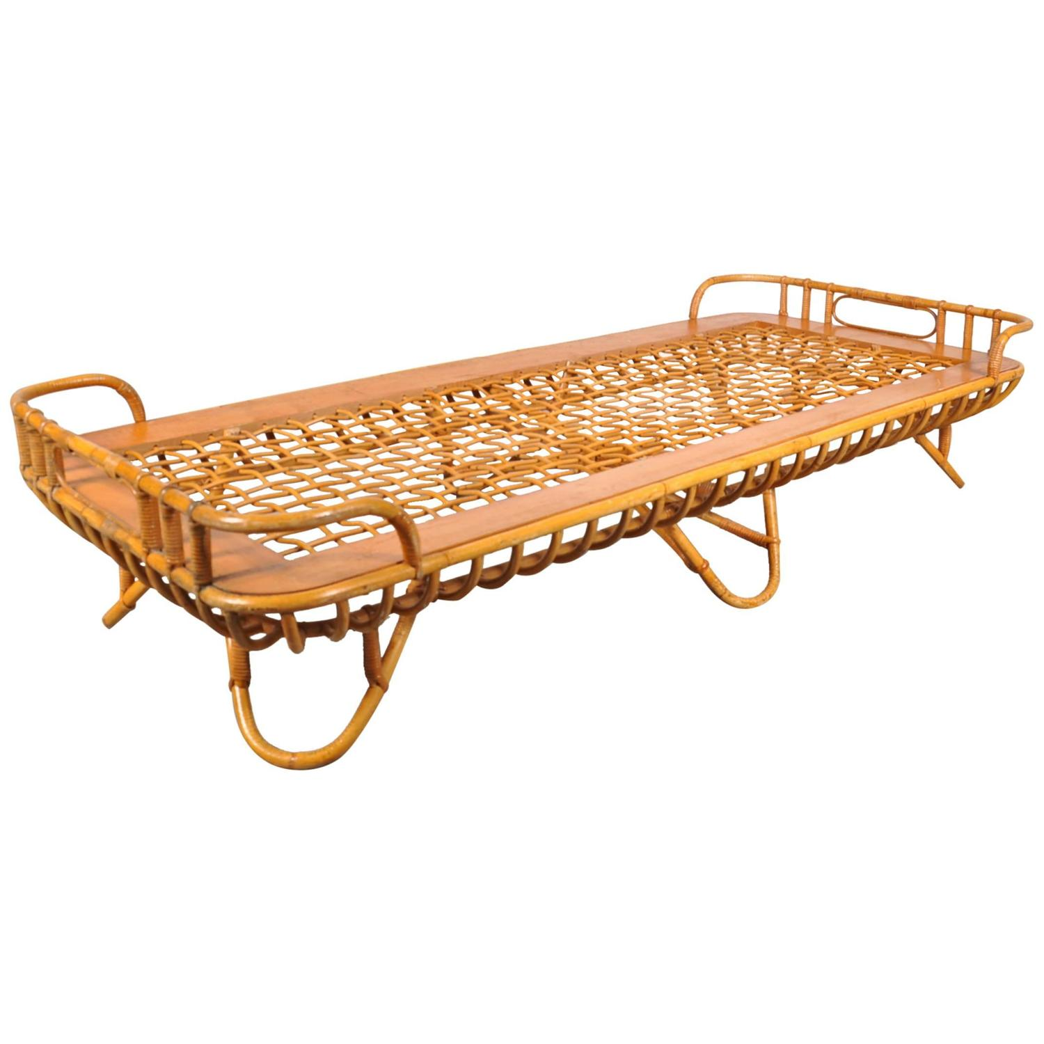 rattan daybed by roh netherlands circa 1950 at 1stdibs. Black Bedroom Furniture Sets. Home Design Ideas