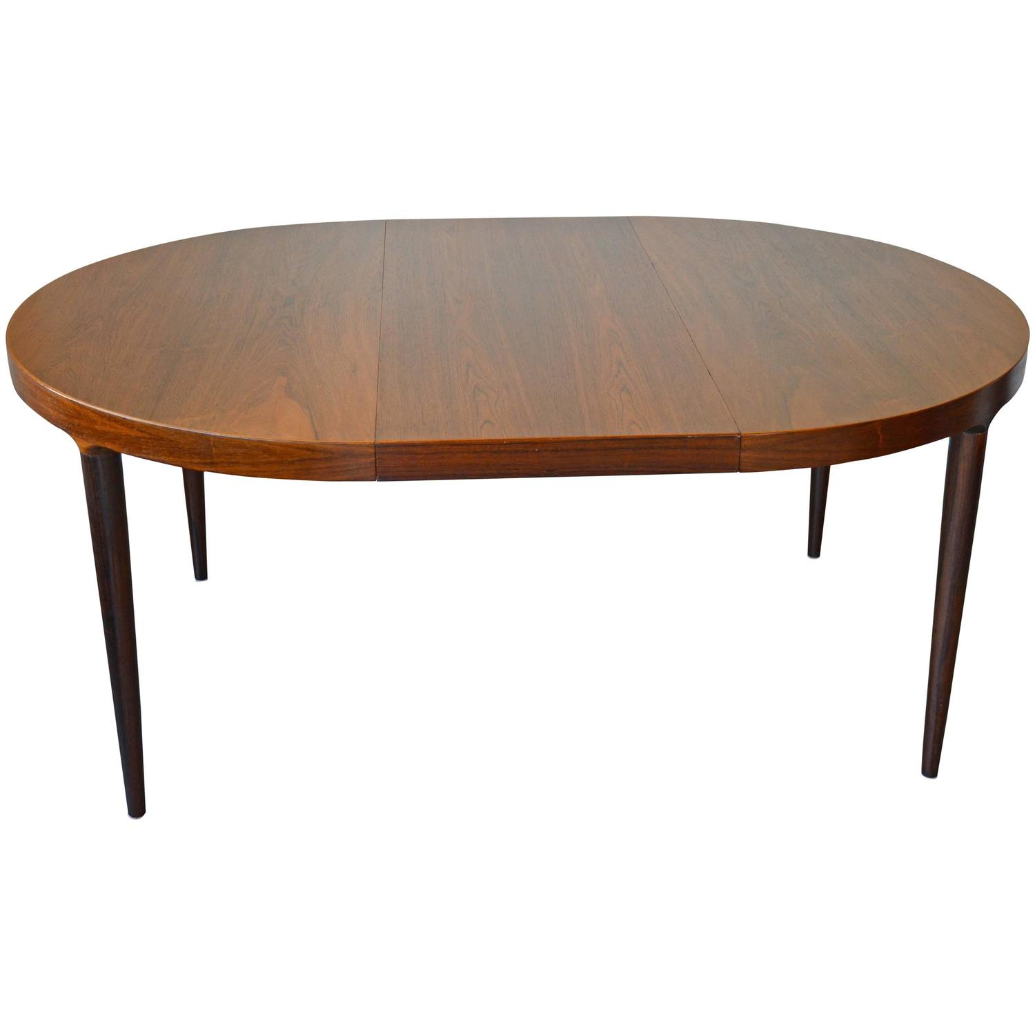 Mid century round or oval rosewood dining table with for Dining room tables with leaves
