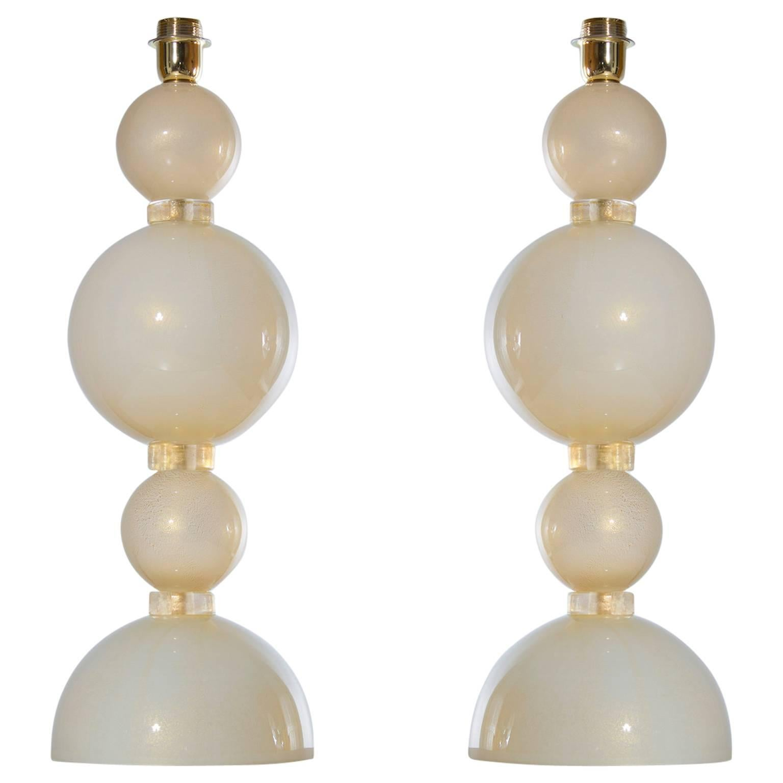 Italian Venetian Pair of Table Lamps, Blown Murano Glass, Ivory and Gold, 1970s