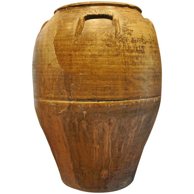 Large Italian Amphora Water Vessel