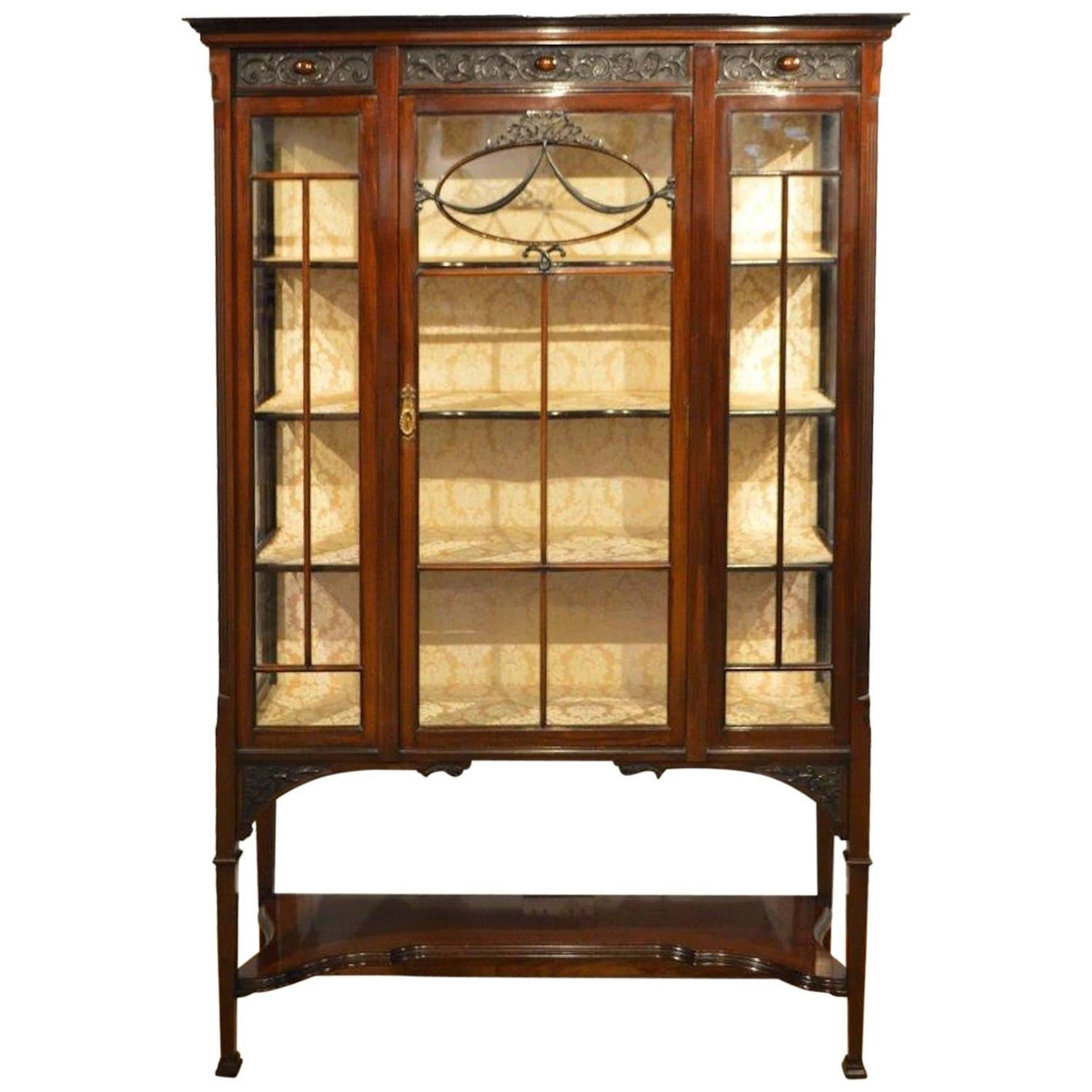Fine quality mahogany edwardian period antique china for Antique display cabinet
