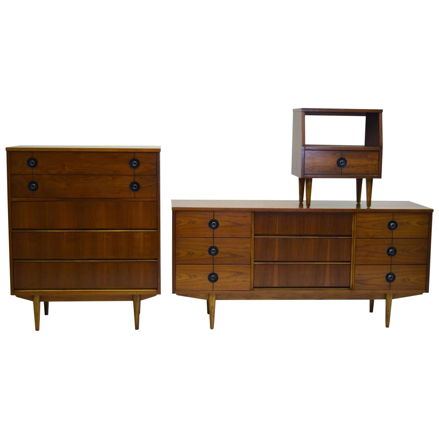 Distinctive Furniture by Stanley Bedroom Suite by Pierre Debs at