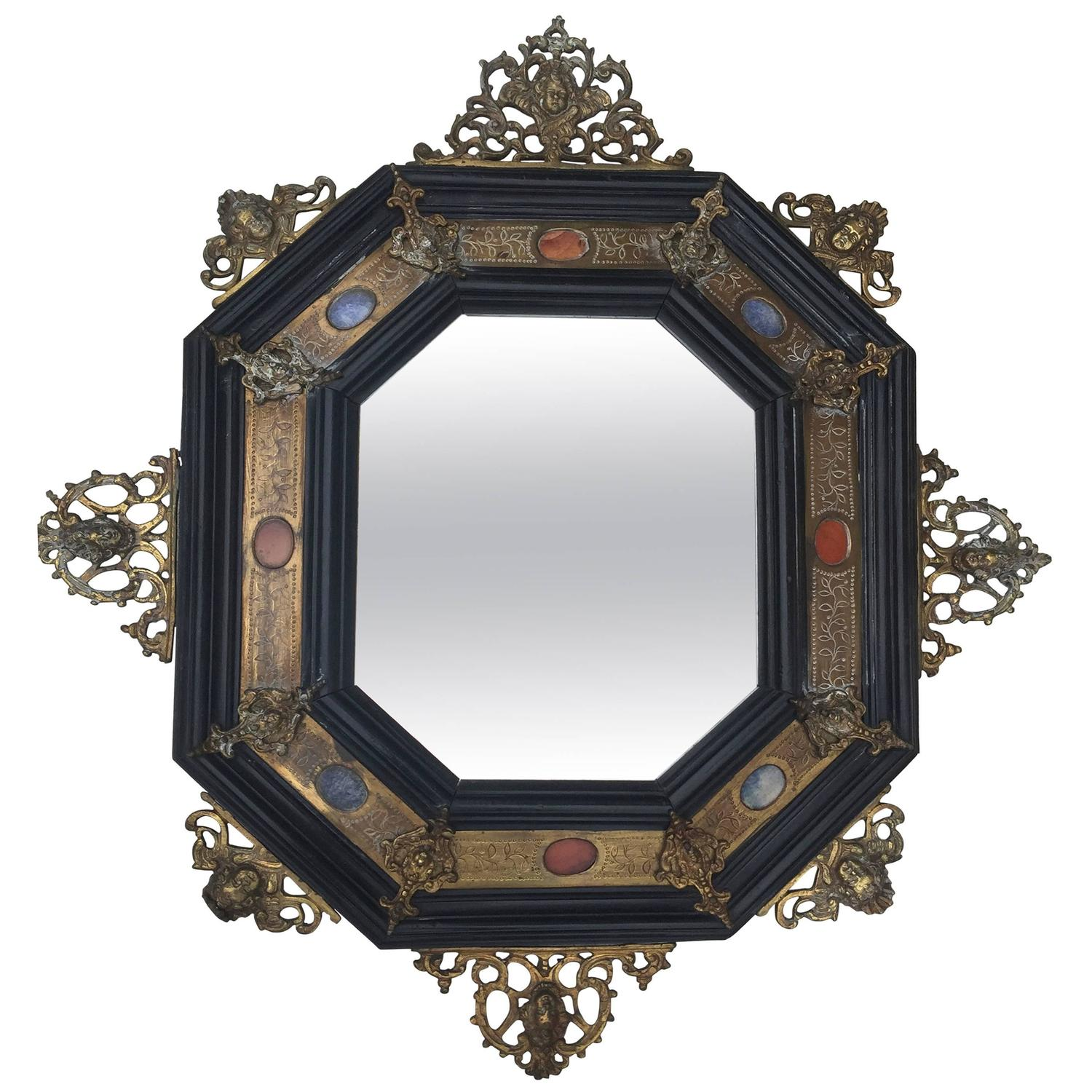 Octagonal florentin mirror in the style of the 17th for 17th century mirrors