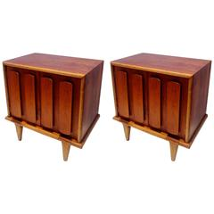 Pair of 1950s American Modern Two-Tone Walnut Nightstands