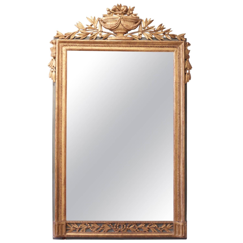 Elegant louis xvi period carved giltwood mirror 18th for Elegant mirrors