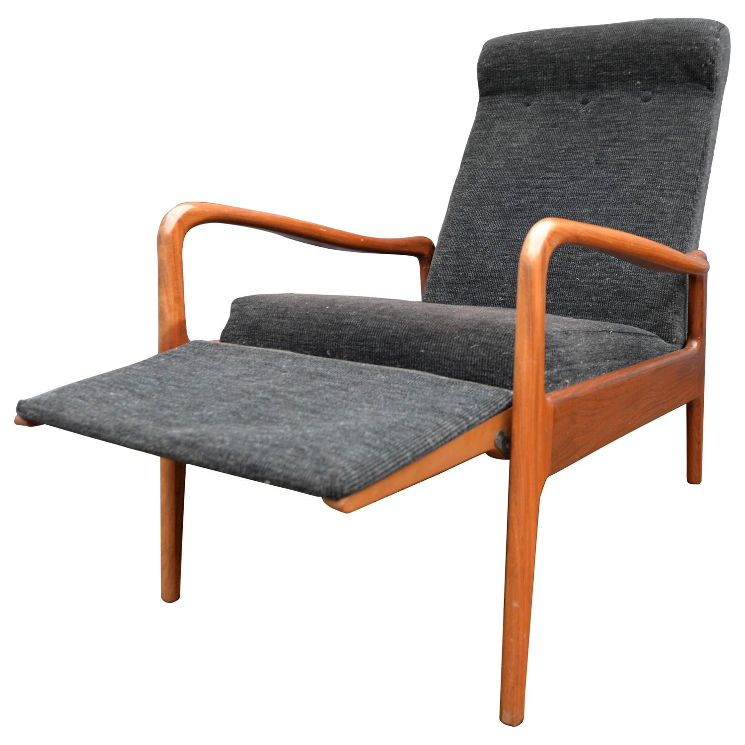 1960s English Recliner Chair By Greaves And Thomas Danish