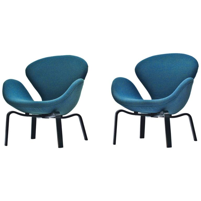 "Pair of ""Swans"" on Wooden Legs by Arne Jacobsen"