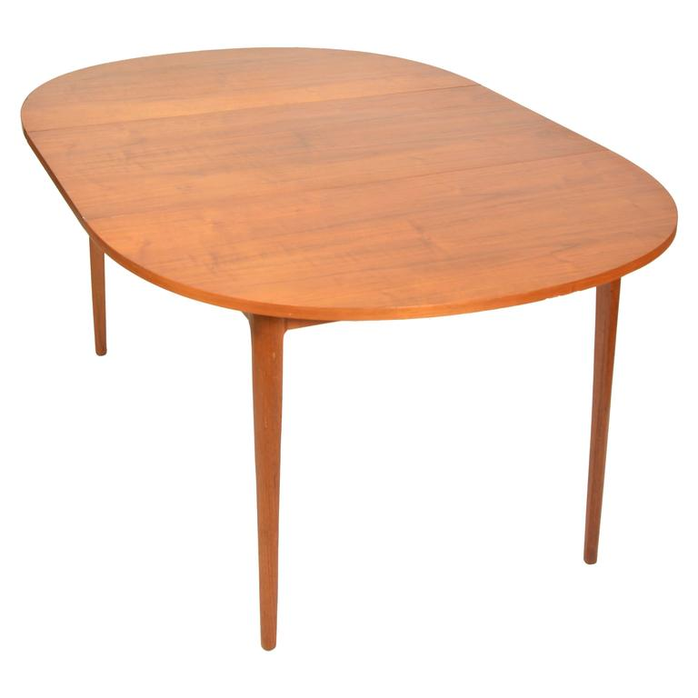 Kipp Stewart For Drexel U0027Declarationu0027 Round Dining Table In Walnut ...