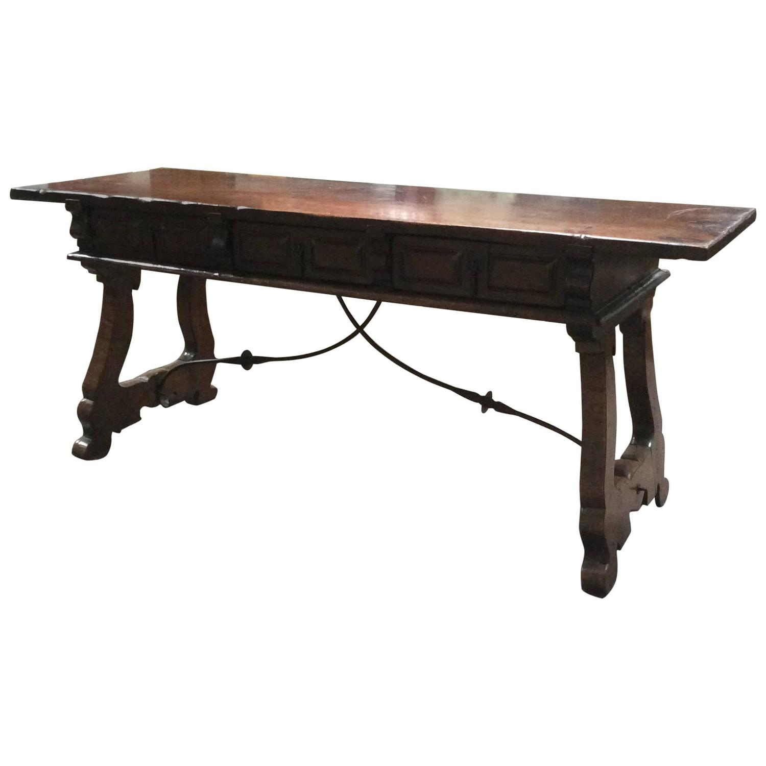 Antique spanish coffee table at 1stdibs for Table in spanish