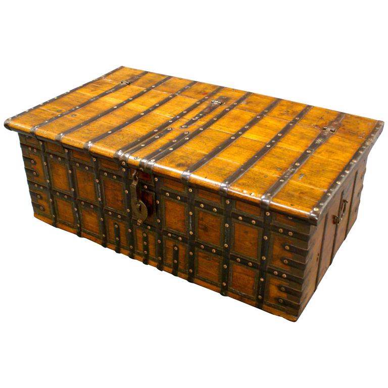 large 18th century indian trunk coffee table at 1stdibs