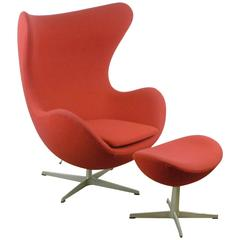 Egg Chair with Stool by Arne Jacobsen for Fritz Hansen