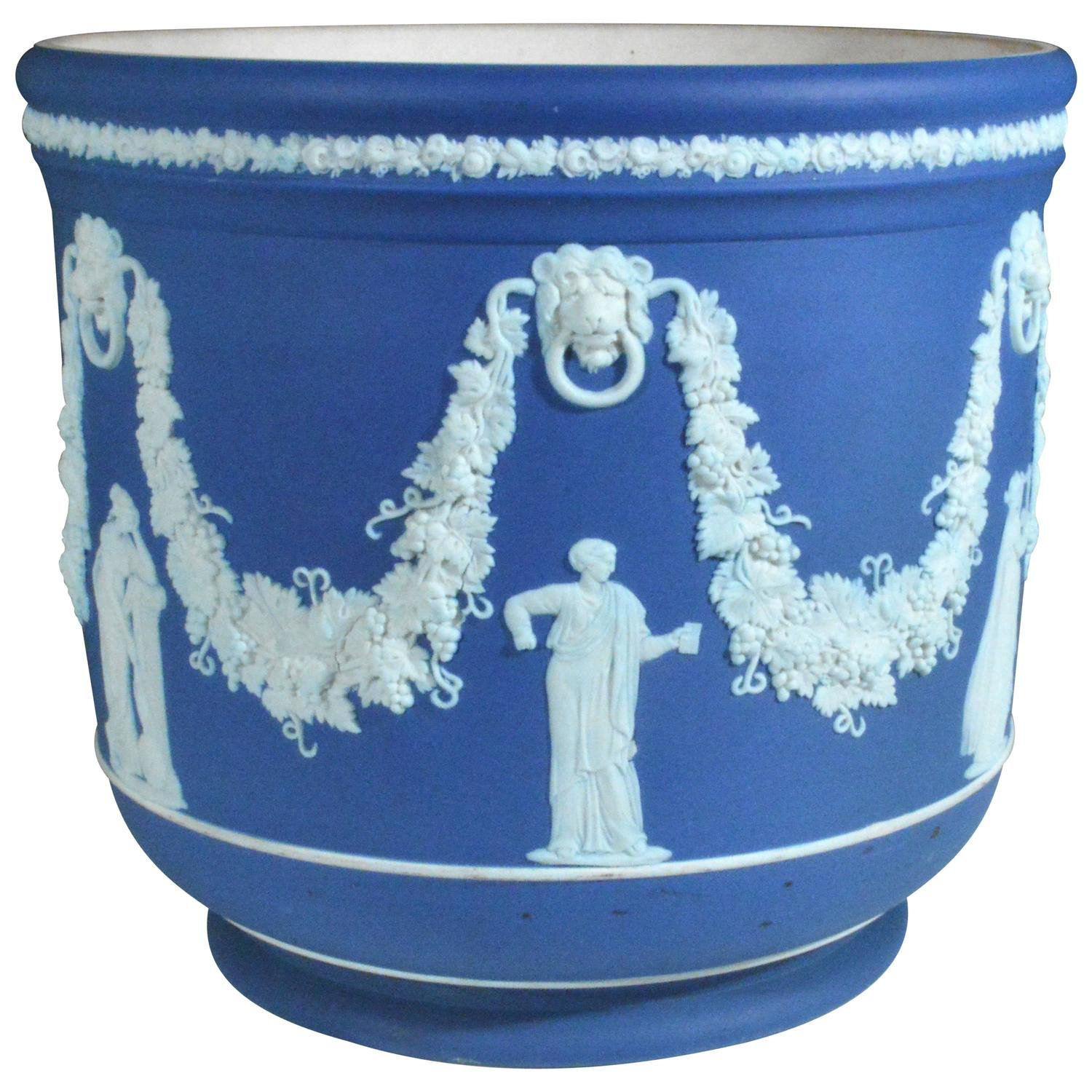 large wedgwood blue jasper cache pot or jardiniere at 1stdibs. Black Bedroom Furniture Sets. Home Design Ideas