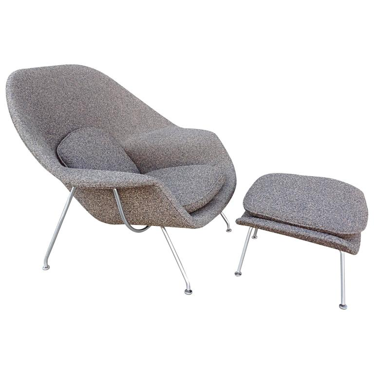 Eero Saarinen Womb Chair and Stool for Knoll at 1stdibs