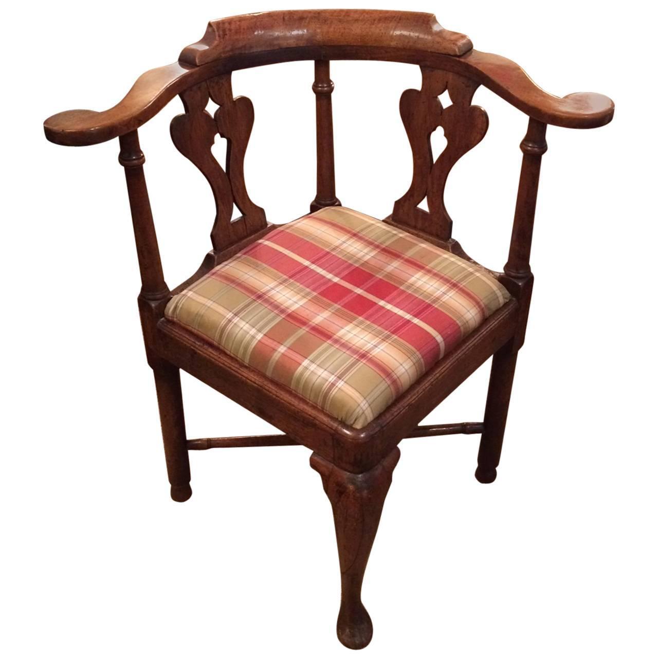 handsome queen anne antique corner chair at 1stdibs