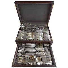 Lafayette Engraved by Towle Sterling Silver Flatware Set Service 110 Pieces
