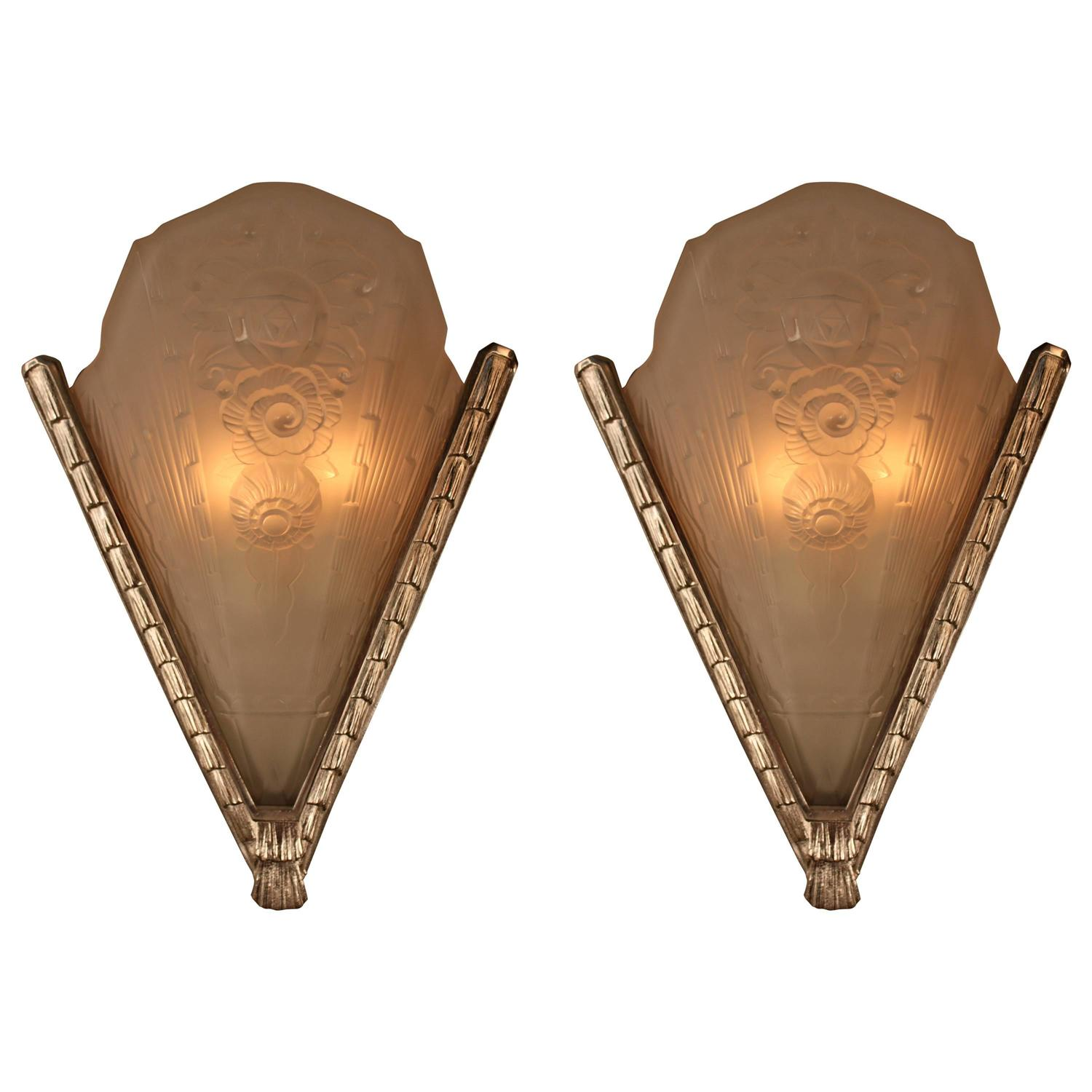 Large Art Deco Wall Sconces : Pair of Large French Art Deco Wall Sconces For Sale at 1stdibs