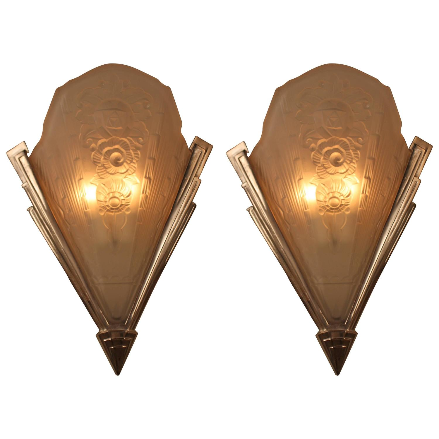 French Art Deco Wall Sconces : Pair of Large French Art Deco Wall Sconces at 1stdibs