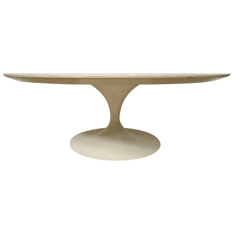 Midcentury Ero Saarinen Coffee Table For Sale At 1stdibs
