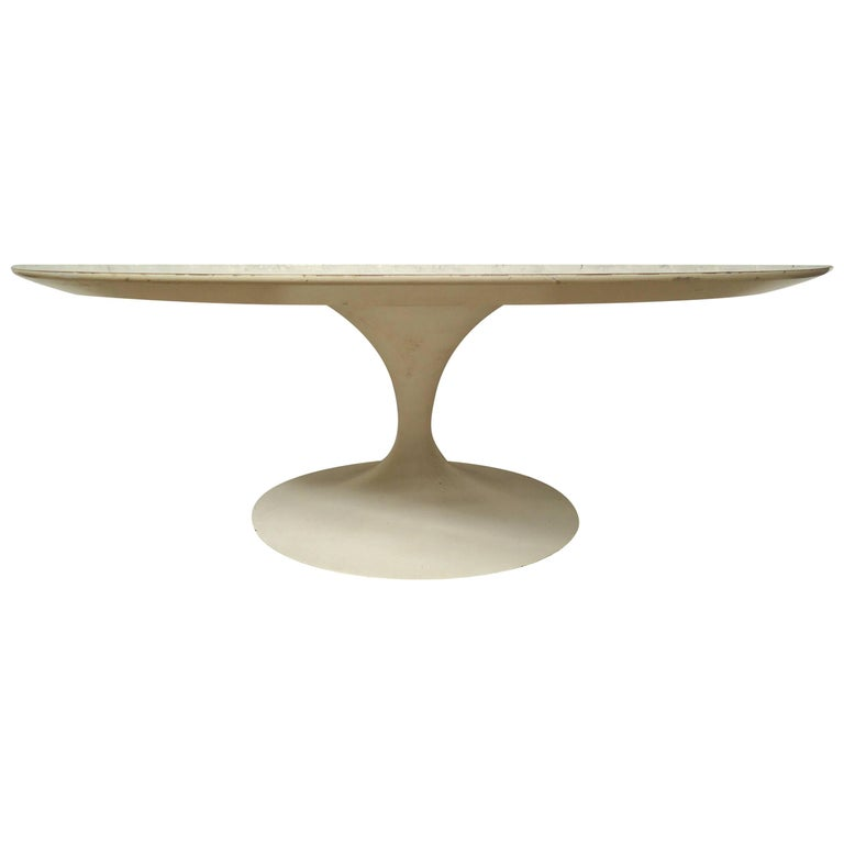 Mid-Century Modern Tulip Base Coffee Table For Sale