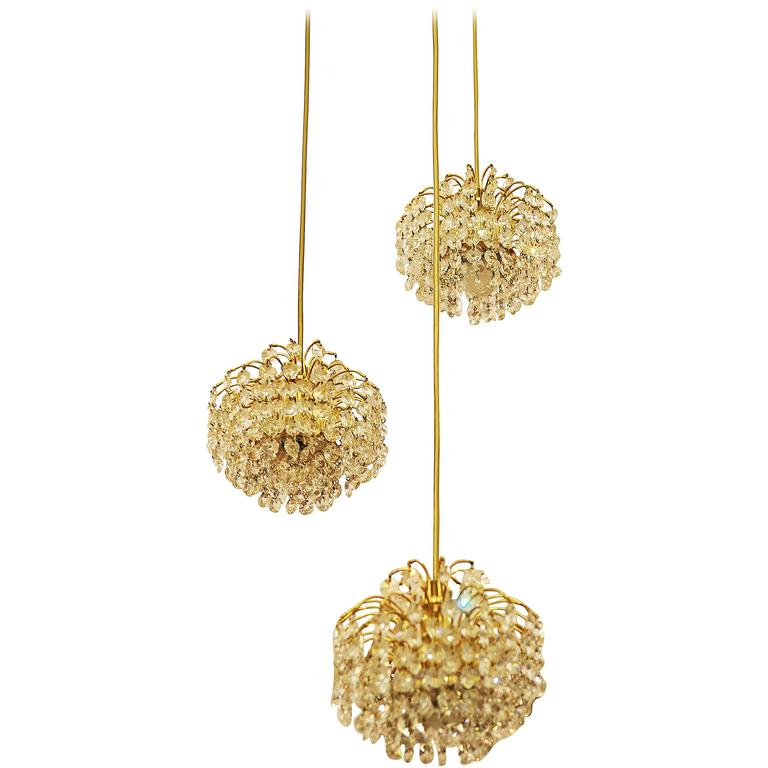 Austrian Cut Crystal Cascading Chandelier Attributed to Bakalowits & Söhne