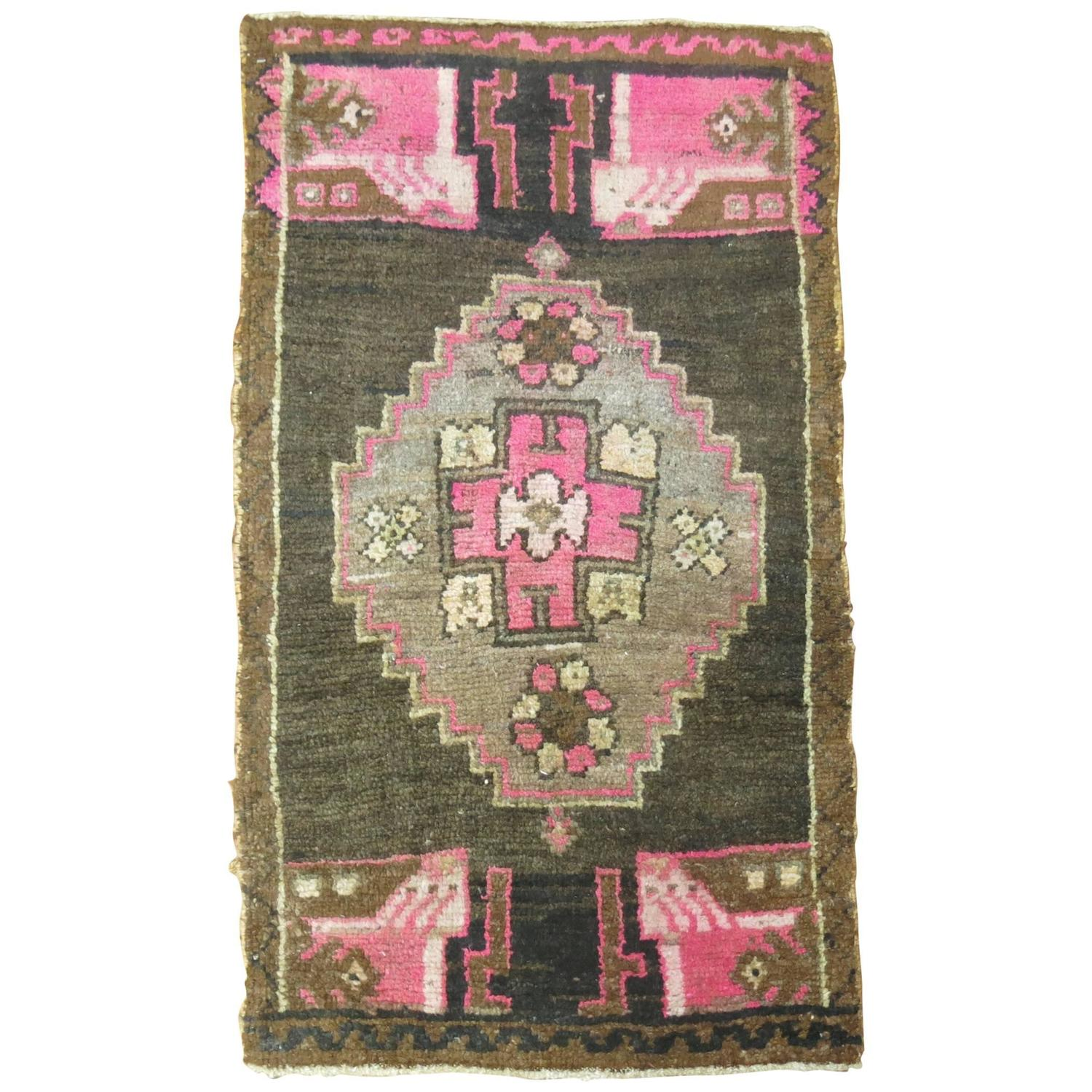 Vintage Yastik Oushak Rug For Sale At 1stdibs