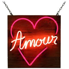 """Amour"" in Neon Heart"