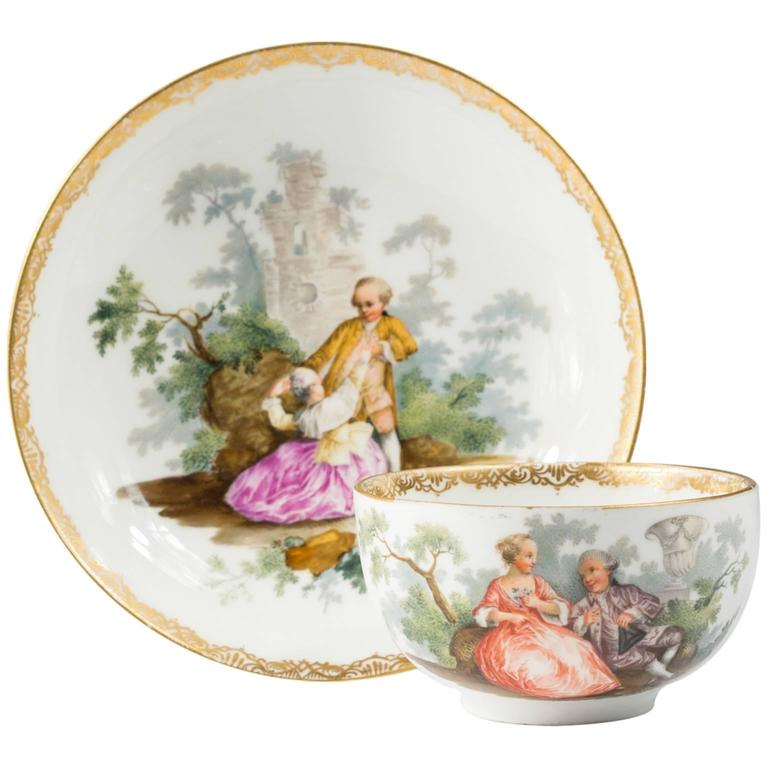 Meissen Teabowl and Saucer, Watteauesque Scenes, circa 1770 For Sale