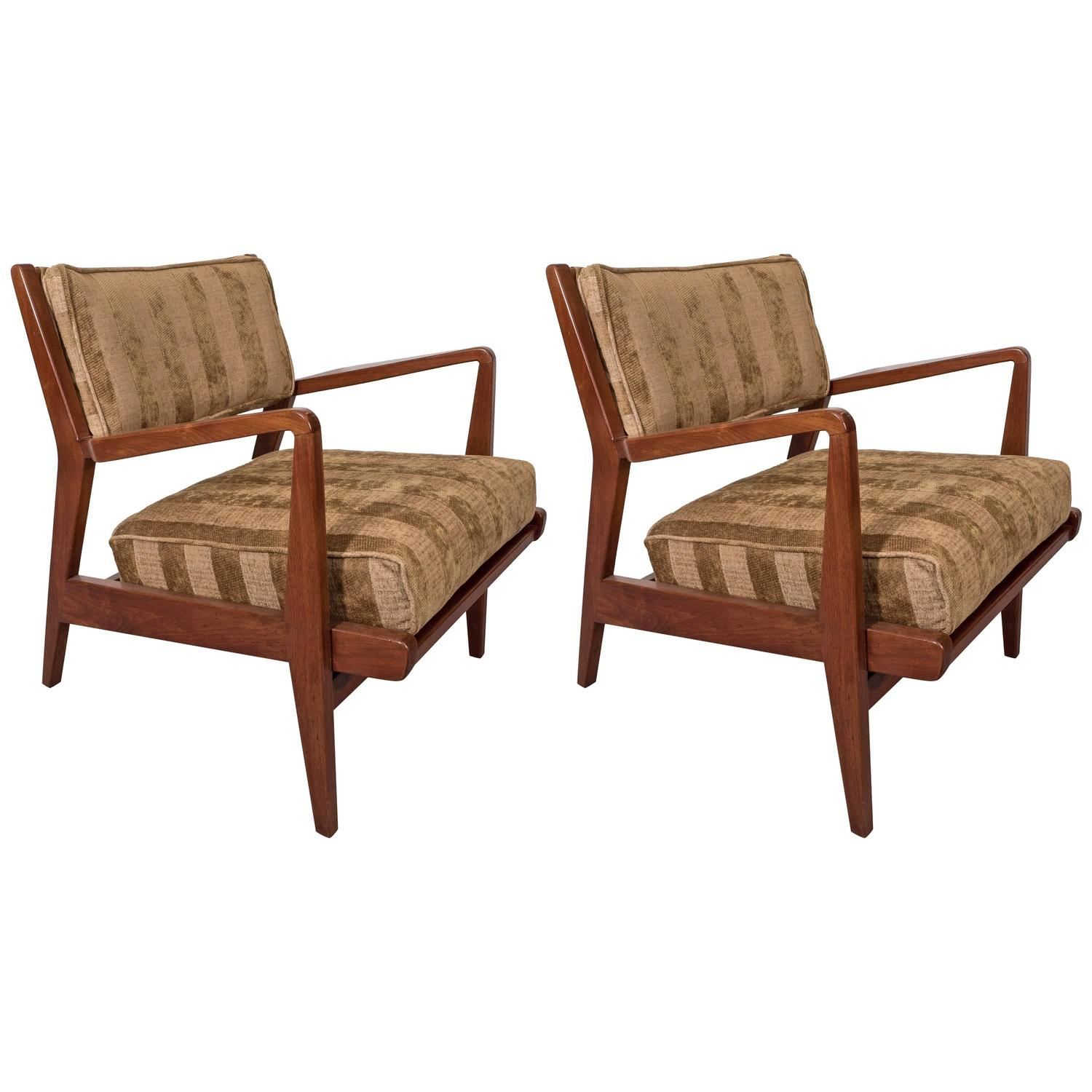 Pair Of Mid-Century Jens Risom Walnut Occasional Armchairs