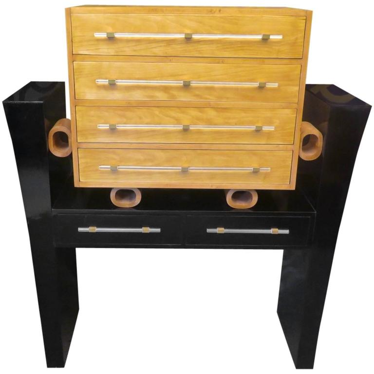 1940s Maple Wood and Glass Italian Chest of Drawers