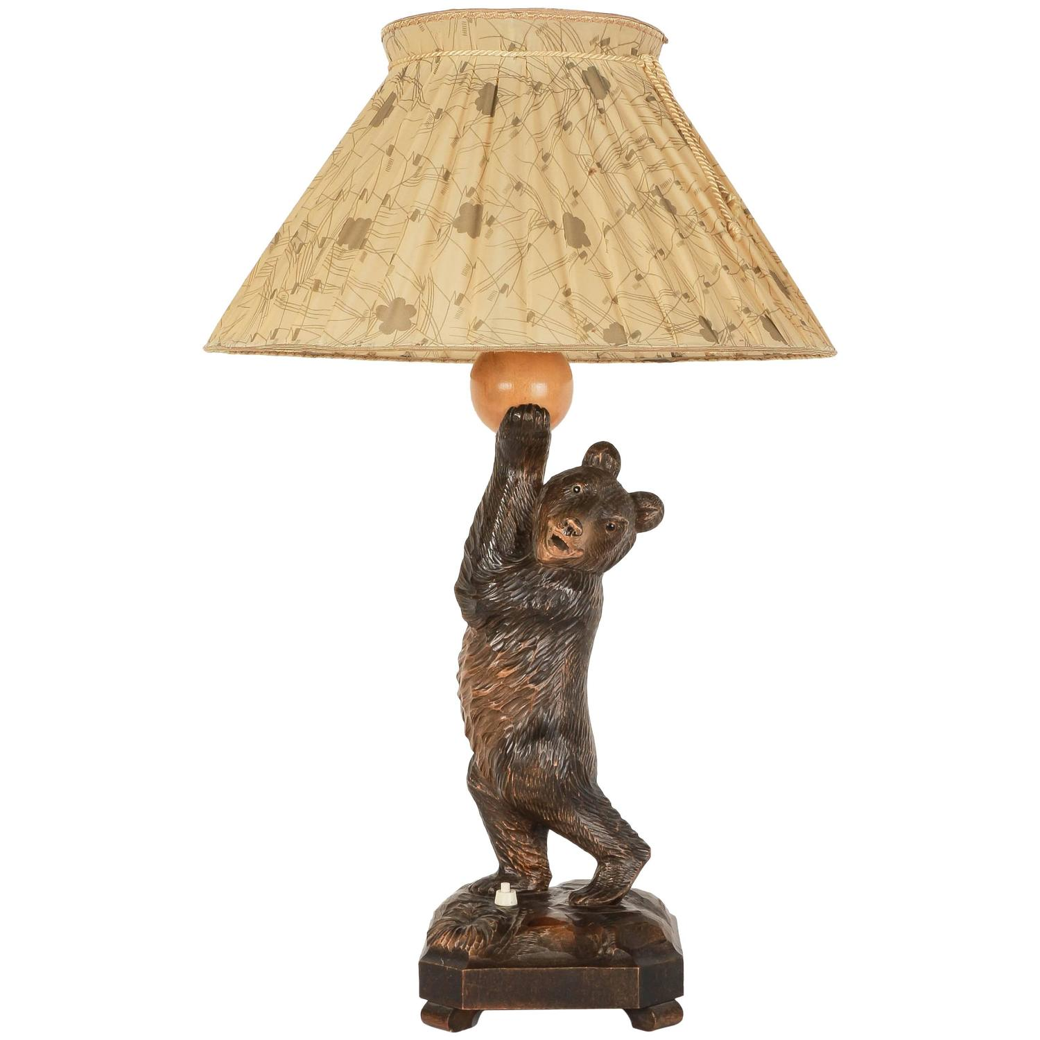 German black forest hand carved bear table lamp 1940s at 1stdibs geotapseo Choice Image