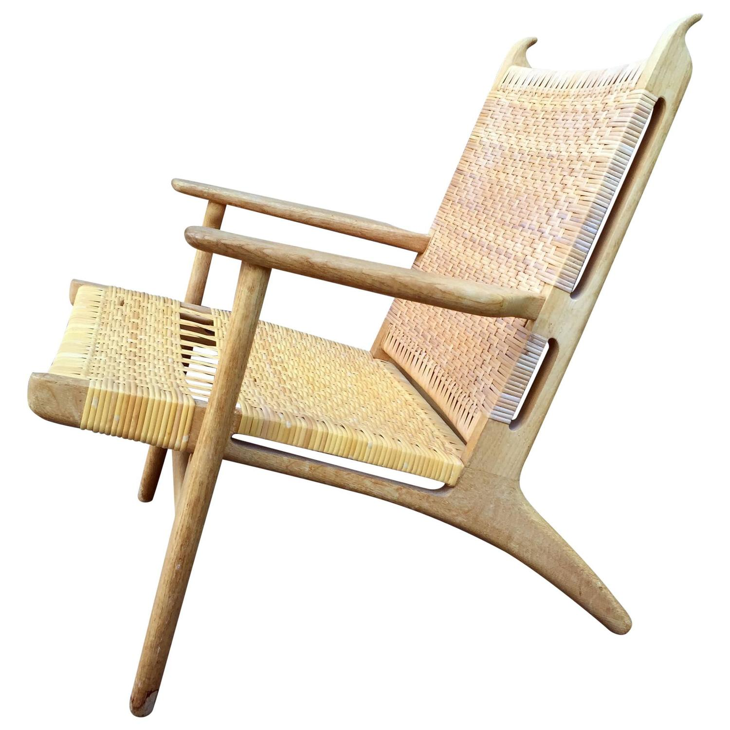 CH27 Chair By Hans J. Wegner In Oak And Cane At 1stdibs. Full resolution  image, nominally Width 1500 Height 1500 pixels, image with #432414.