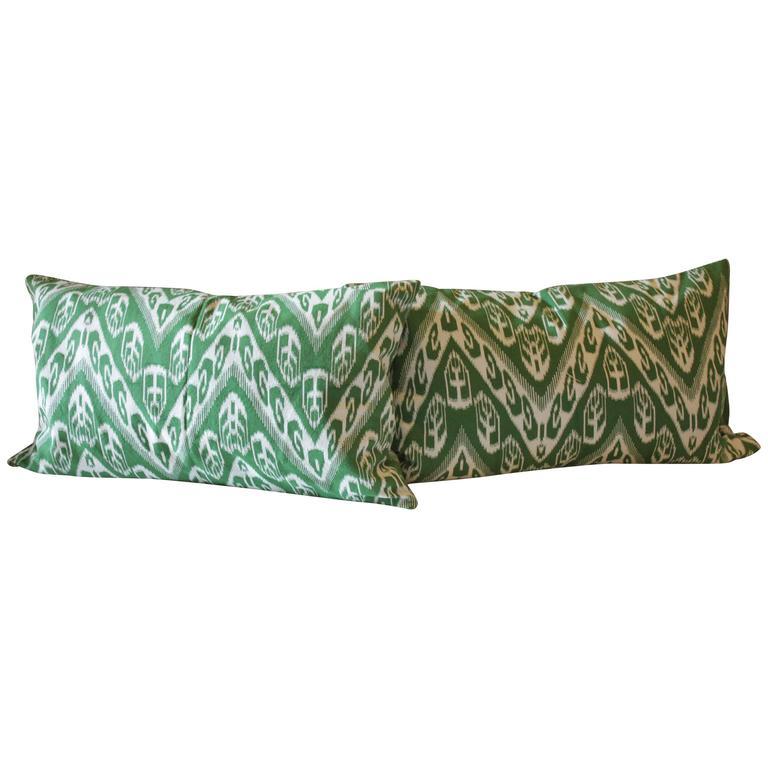 Pair of Ornate Green Chevron Cotton Cover Throw Pillows